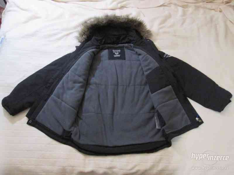 ZIMNÍ KABÁT - bunda s kapucí, vel. 164 (černá) - foto 3