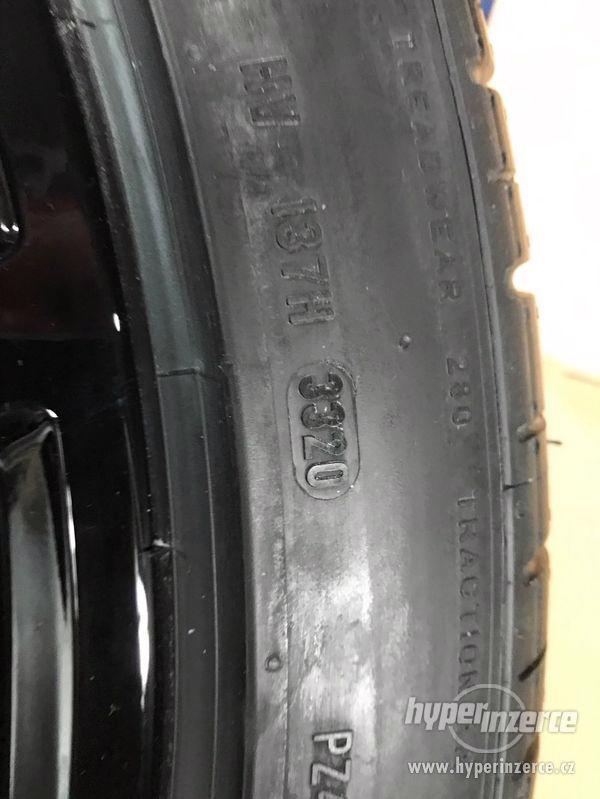 """AUDI RS Q8 alu 23"""" letní sada nová, originál !! - foto 7"""