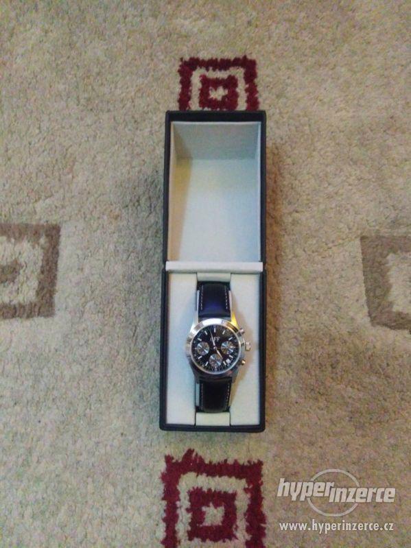 Luxusní hodinky GFF - foto 2