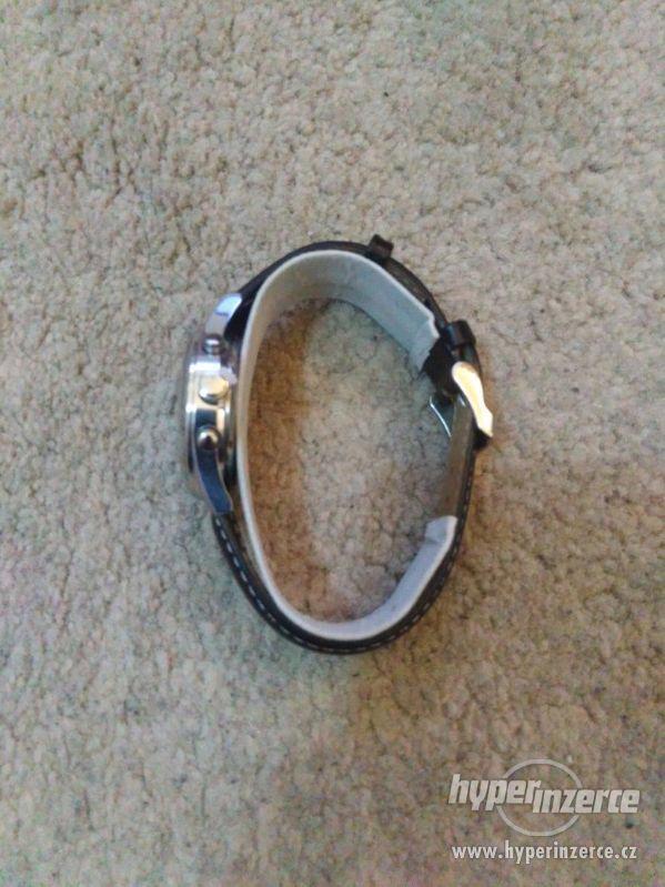 Luxusní hodinky GFF - foto 7