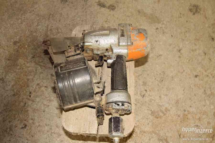 Hřebíkovací pistole Paslode
