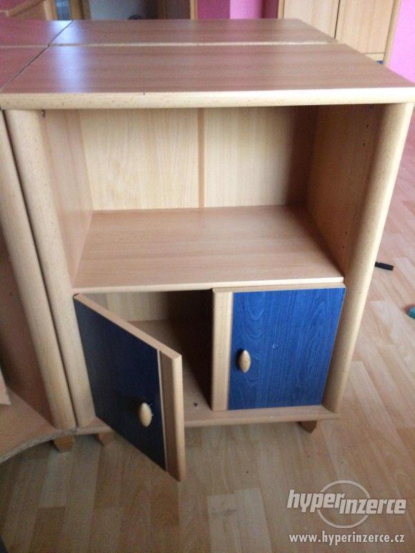 Prodám nábytek ze staršího dětského pokoje. - foto 7