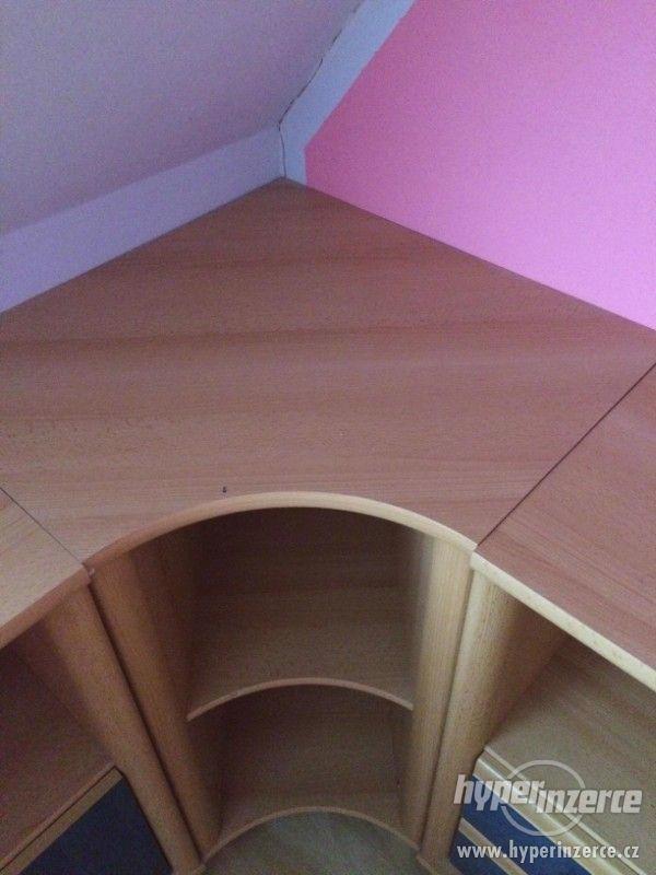 Prodám nábytek ze staršího dětského pokoje. - foto 10
