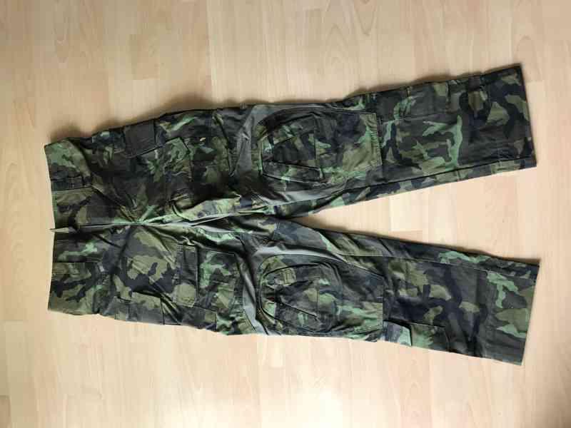 Vojenské kalhoty