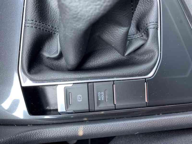 Volkswagen Tiguan 2.0 TDi 110kw HIGHLINE PLUS - foto 30