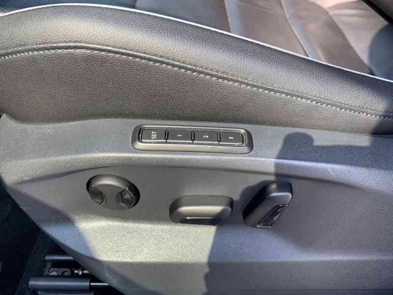 Volkswagen Tiguan 2.0 TDi 110kw HIGHLINE PLUS - foto 24