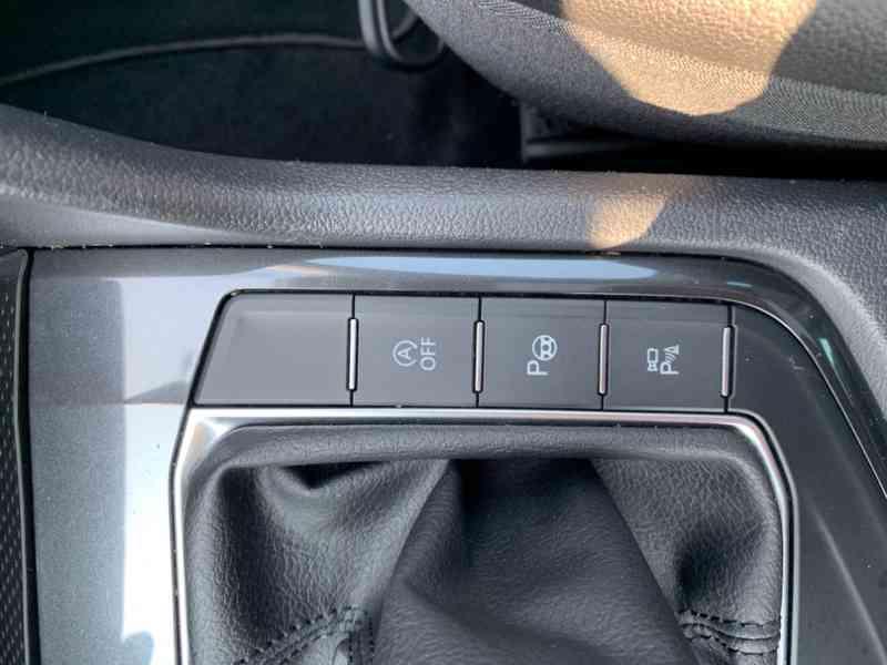 Volkswagen Tiguan 2.0 TDi 110kw HIGHLINE PLUS - foto 29