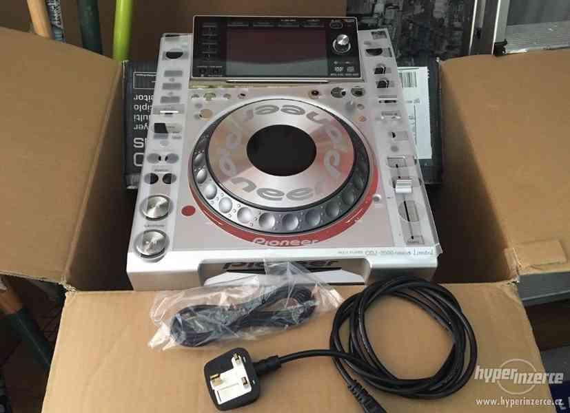 2 x Pioneer CDJ2000 Nexus DJM 900 Mixer RMX1000