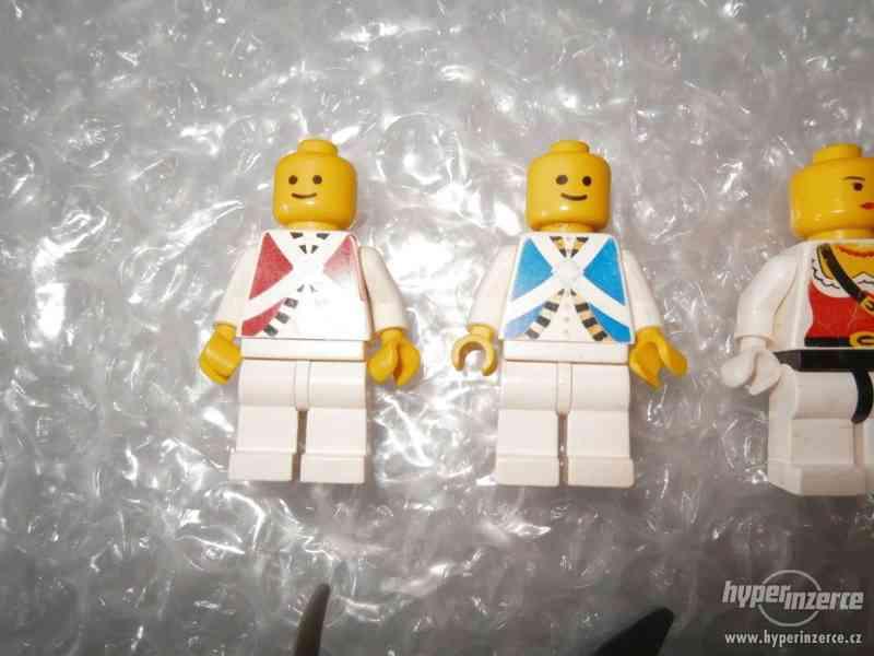 LEGO PIRATES MINIFIGURKY 5KS - foto 3