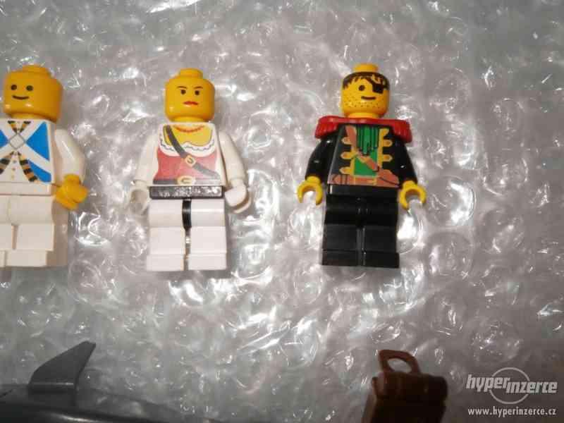 LEGO PIRATES MINIFIGURKY 5KS - foto 4