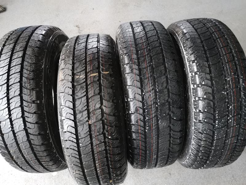 pneu 205/65 R16C Goodyear