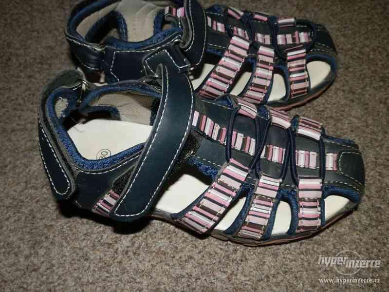 Dívčí sandálky vel.30