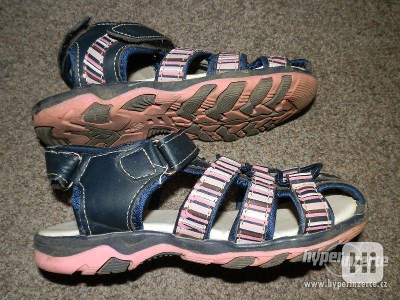 Dívčí sandálky vel.30 - foto 4