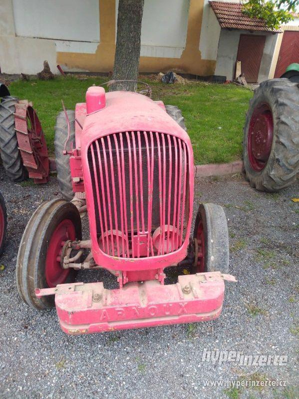 Prodám historický traktor Arnoux - foto 1
