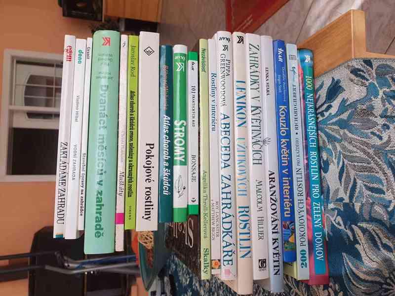 Knihy o zahradnictví - foto 1