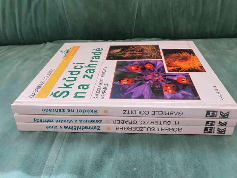 Knihy o zahradnictví - foto 5