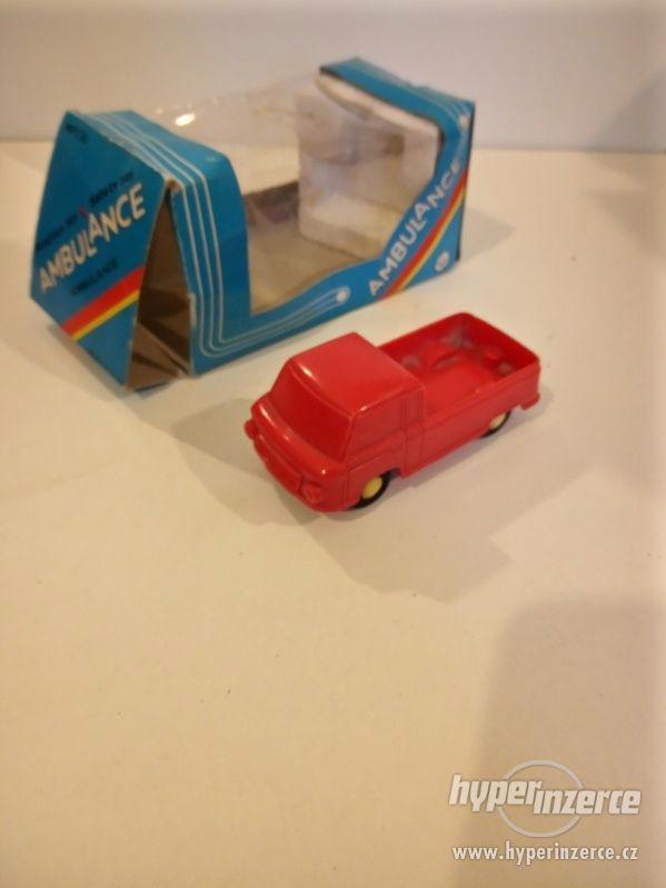 Prodám staré hračky - foto 24