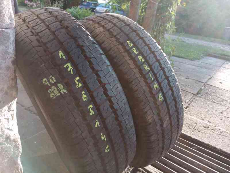 Letní pneu 2kusy 175/65/14C vzorek 95% SEBRING
