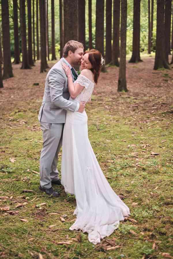 Nádherné svatební šaty vel. 32-34 barva krémová/champagne - foto 2