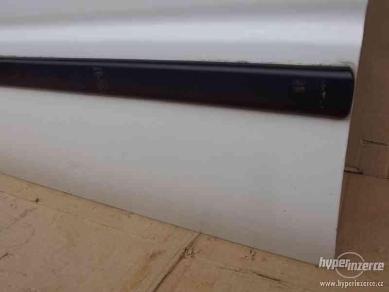 Levé přední dveře Suzuki Baleno - foto 6
