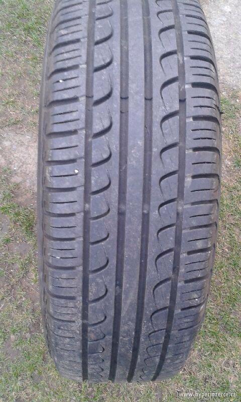 Prodám zánovní letní pneumatiky