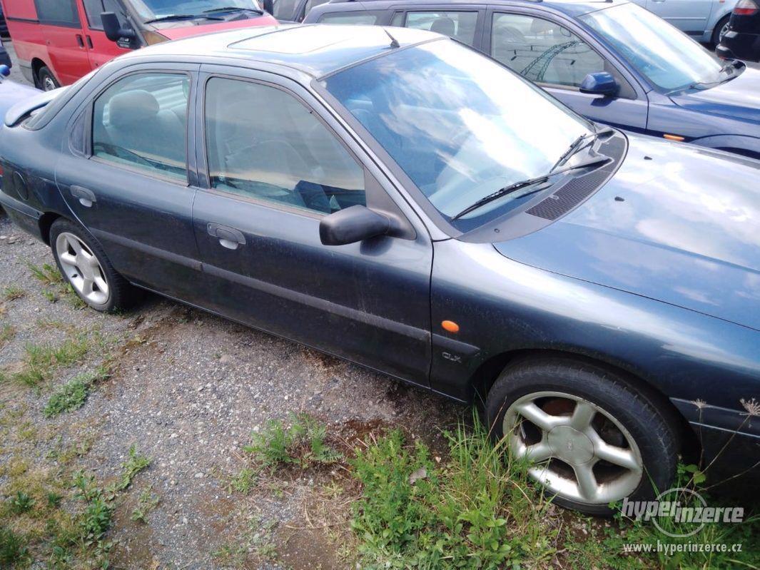1994_Ford Mondeo Hatschback_1,6 DOHC - foto 1