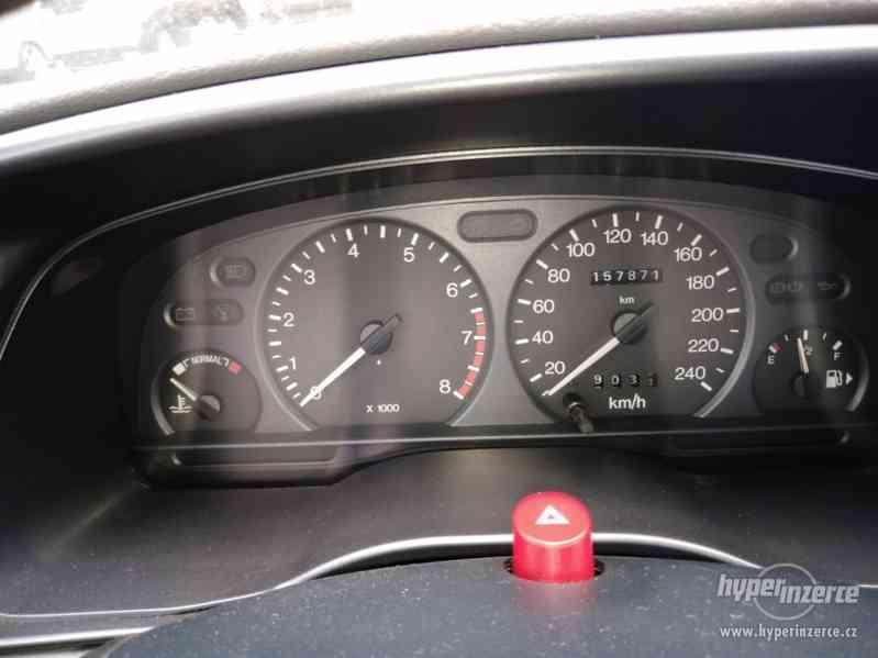 1994_Ford Mondeo Hatschback_1,6 DOHC - foto 3