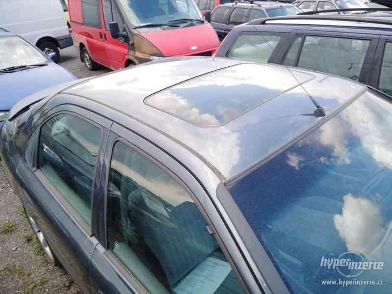 1994_Ford Mondeo Hatschback_1,6 DOHC - foto 8