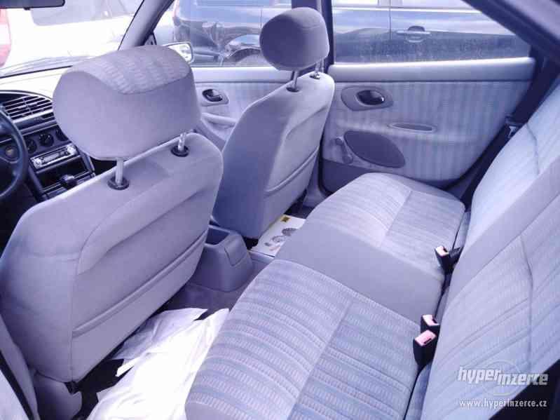 1994_Ford Mondeo Hatschback_1,6 DOHC - foto 9