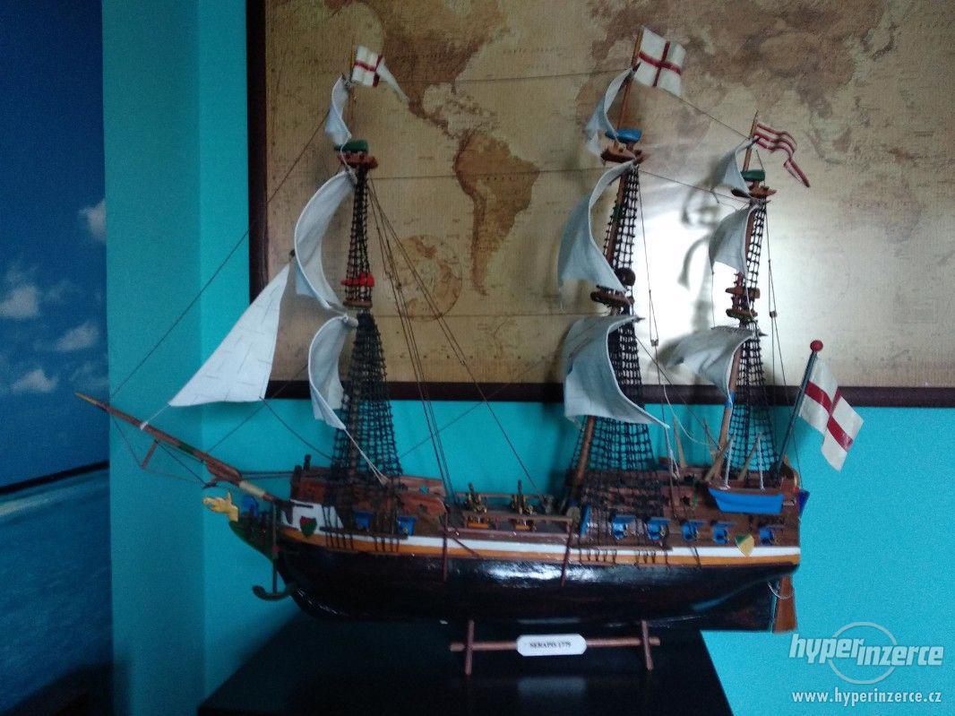 Dřevěný model lodi - foto 1