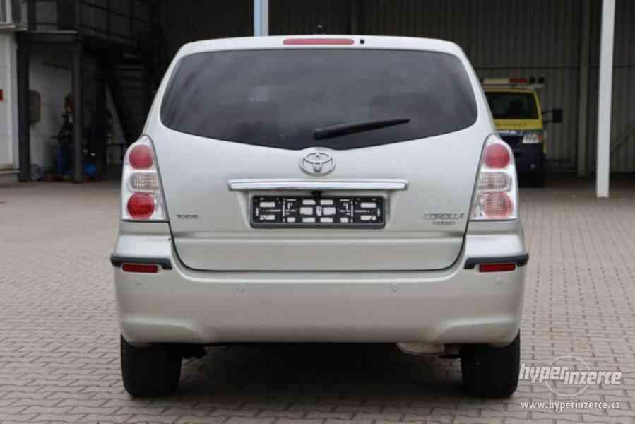 Toyota Corolla Verso 1.8i Team benzín 95kw - foto 13