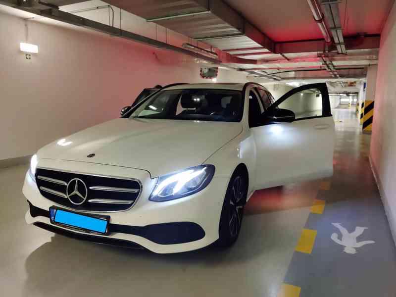 Mercedes E220d 4MATIC COMBI Avantgarde, 55000 km, r.v.2019 - foto 3