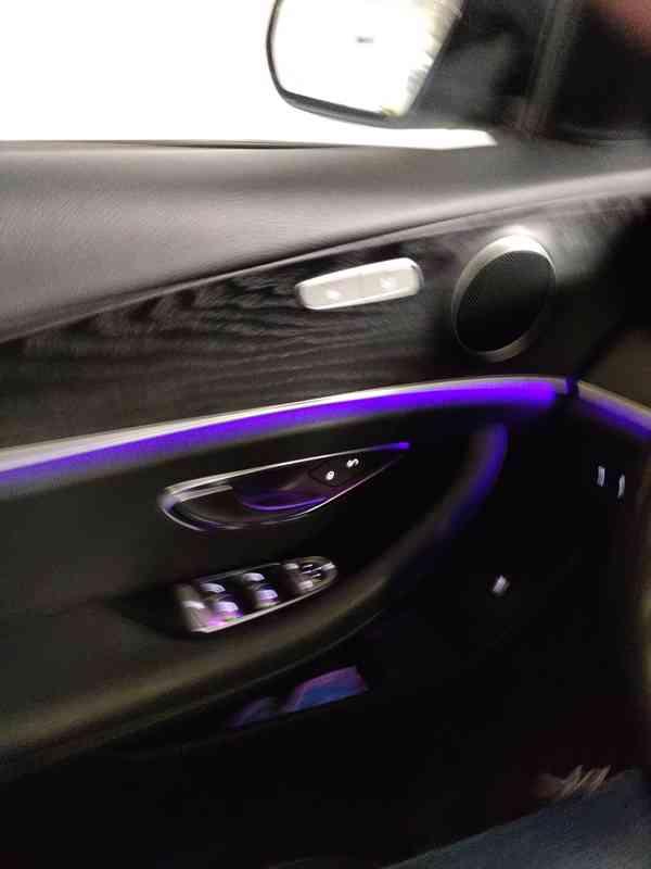 Mercedes E220d 4MATIC COMBI Avantgarde, 55000 km, r.v.2019 - foto 10