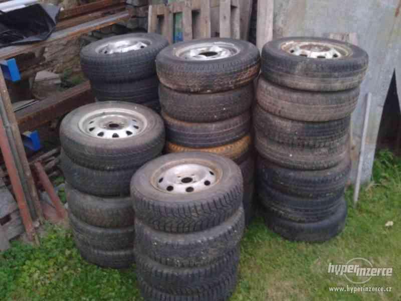 zimní pneu 165/70/R13