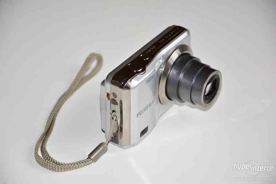 Fujifilm finepix ax200 - širokoúhlý, 5x optický zoom