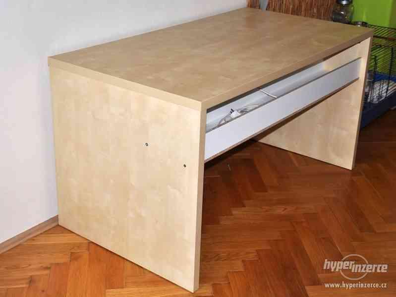 Psací stůl IKEA březová dýha - foto 2