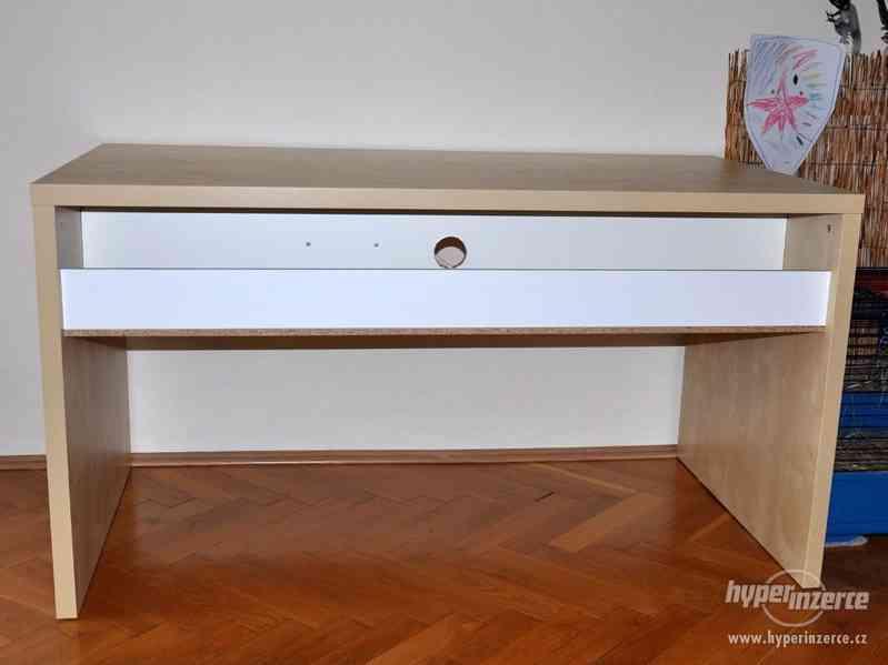 Psací stůl IKEA březová dýha - foto 4