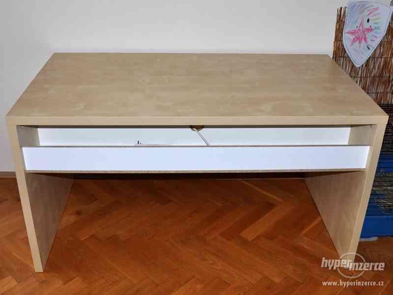 Psací stůl IKEA březová dýha - foto 7