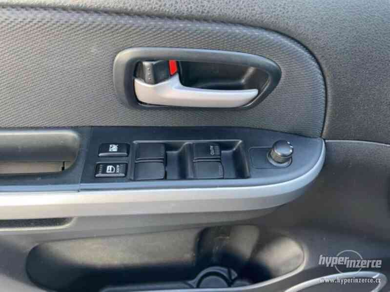 Suzuki Grand Vitara 2.0i benzín 103kw - foto 18