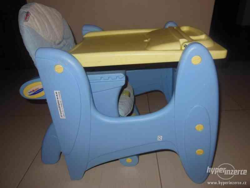 Jídelní dětská židlička