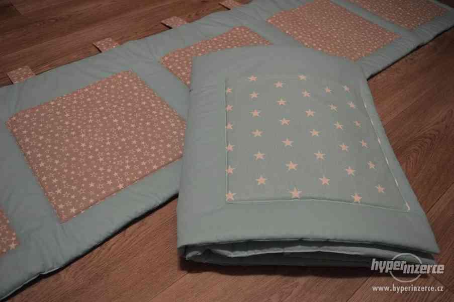 Kapsáře na zeď a do školky, zakázkové šití - foto 3