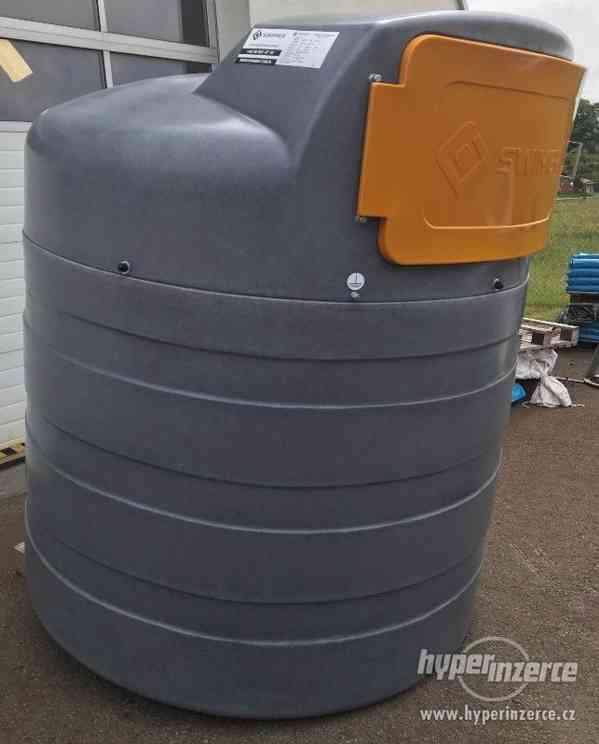 Nádrž na naftu Swimer 2500 Eco-Line