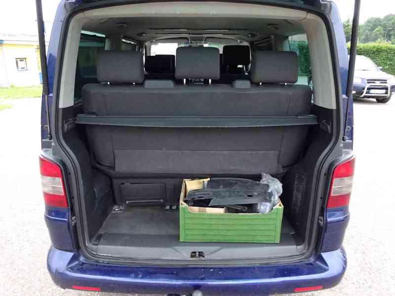 VW Multivan 2.5 TDI r.v.2003 2.Majitel v ČR - foto 16