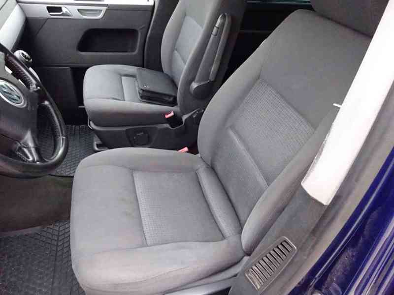 VW Multivan 2.5 TDI r.v.2003 2.Majitel v ČR - foto 13