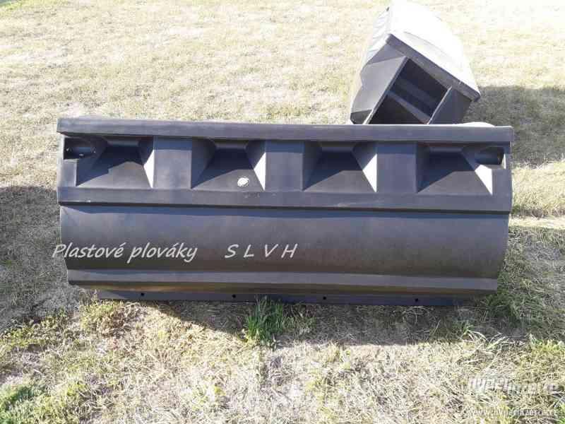 Hausbot si postavte na plastových plovácích SLVH - foto 7