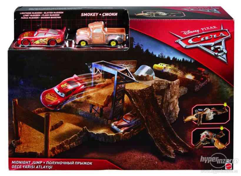 Nový Auta Cars 3 filmový herní set půlnoční závod FCV94 - foto 2