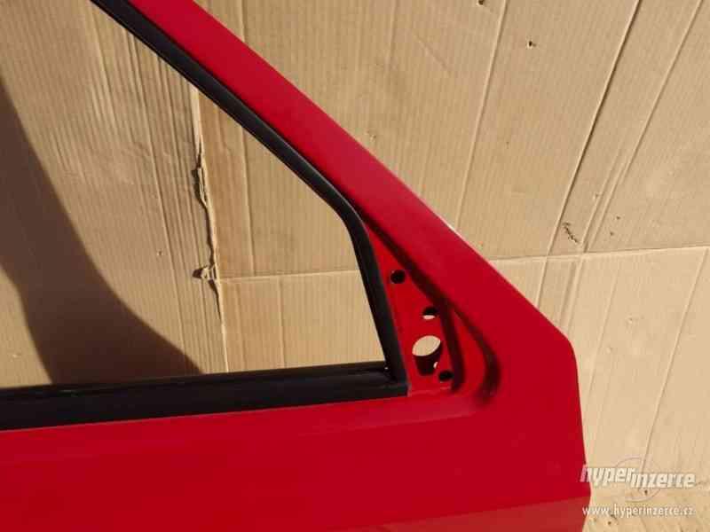 Pravé přední dveře Škoda Felicia - foto 4