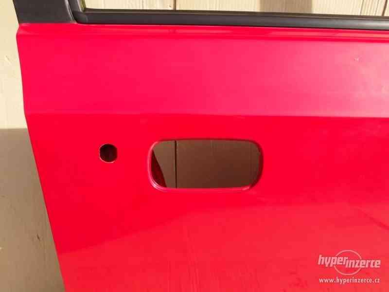 Pravé přední dveře Škoda Felicia - foto 5