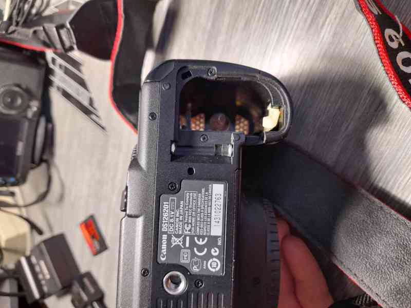 Canon EOS 5D Mark II - foto 6