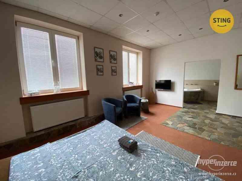 Penzion - 4 zařízené pokoje s recepcí, Petřvald u Karviné
